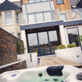 Hot Tub & Terrace
